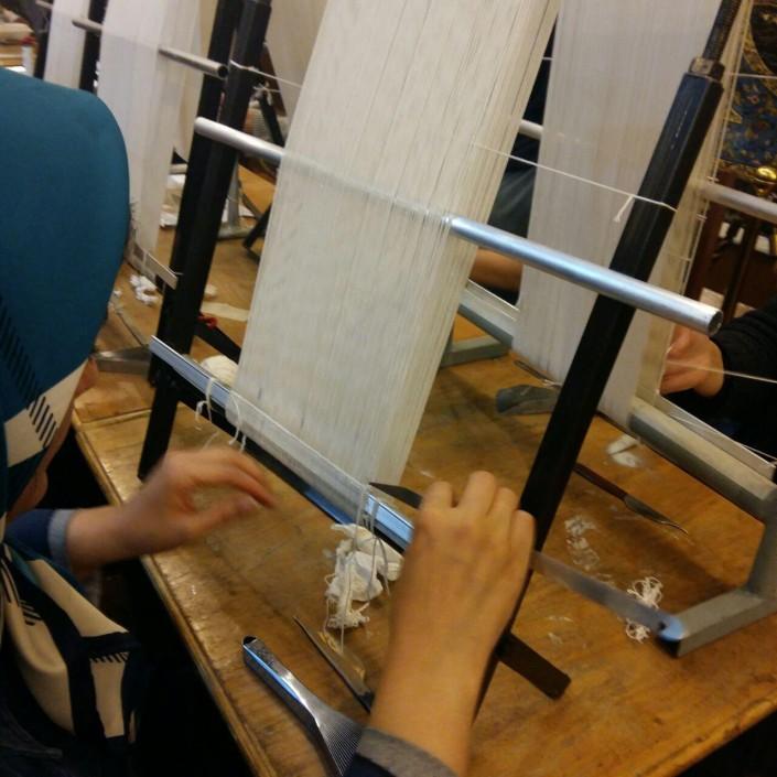کارگاه آموزش به بافی منجر به تولید